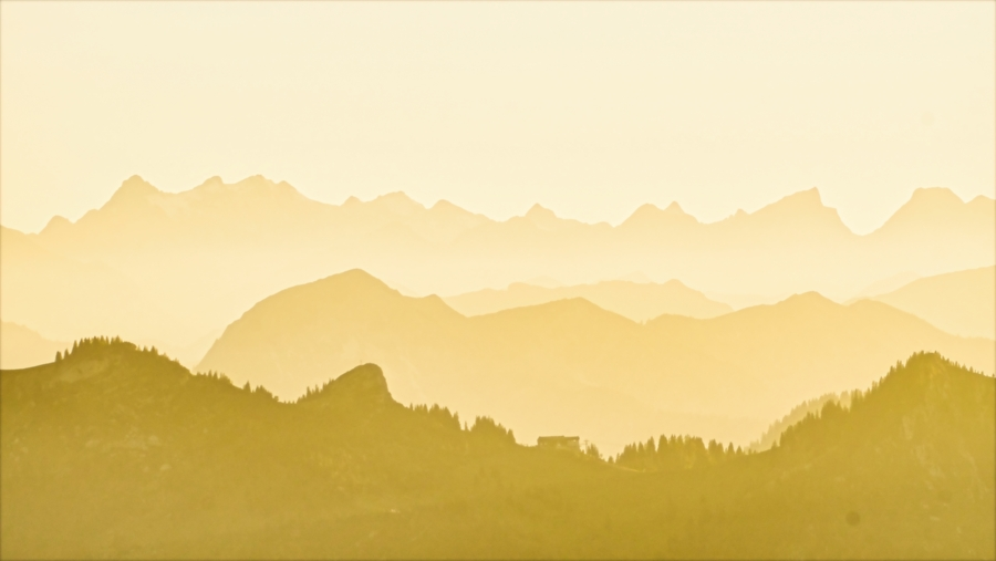Die Alpen-Silhouette vom Wendelstein aus