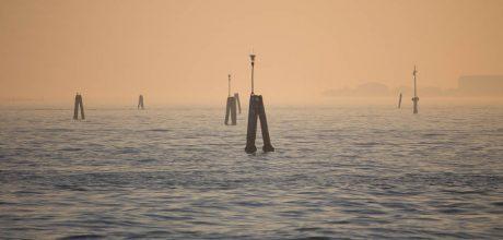 Venedig im frühen Novemberlicht